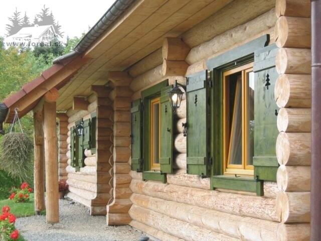 blockhaus aus rundholz. Black Bedroom Furniture Sets. Home Design Ideas